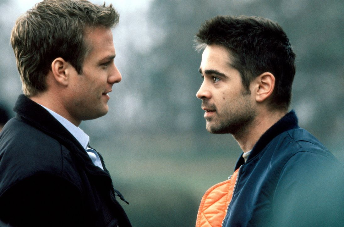 Kann James (Colin Farrell, r.) Zack (Gabriel Macht, l.) trauen? - Bildquelle: Kerry Hayes SPYGLASS ENTERTAINMENT GROUP.LP.ALL RIGHTS RESERVED