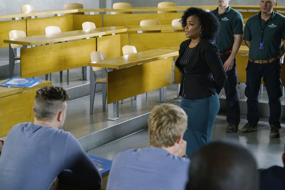 Hat für die Rekruten eine ganz besondere Aufgabe zur Zwischenprüfung: Miranda (Aunjanue Ellis) ... - Bildquelle: Jonathan Wenk 2015 ABC Studios