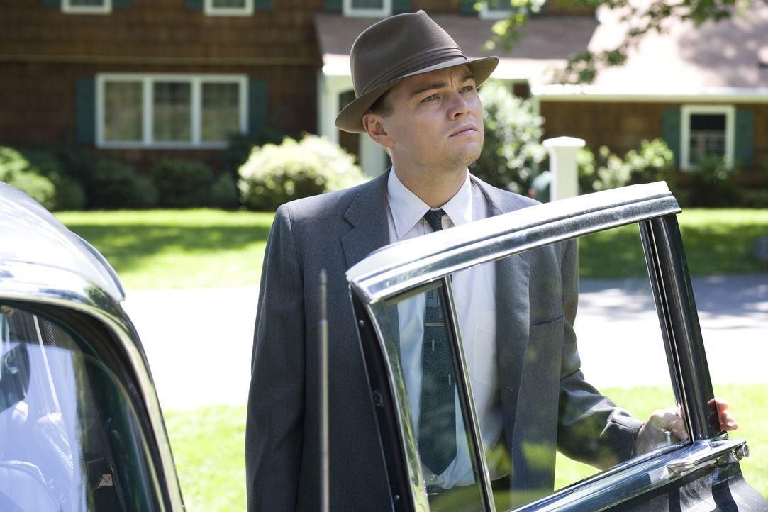Schon bald muss Frank (Leonardo DiCaprio) erfahren, dass all seine Träume in der Revolutionary Road auf der Stecke geblieben sind. Da beschließen... - Bildquelle: 2007 Dreamworks,  LLC.