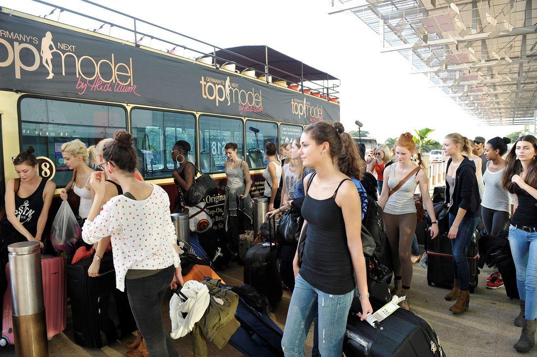 GNTM-Stf09-Epi01-Singapur-Ankunft-10-ProSieben-Oliver-S - Bildquelle: ProSieben/Oliver S.