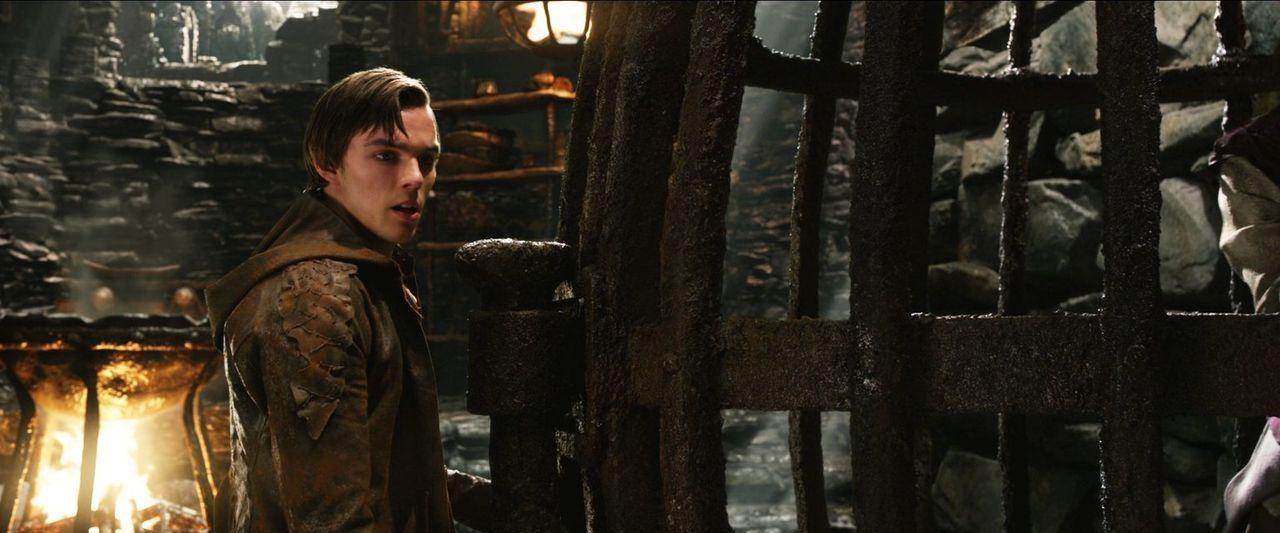 Jack (Nicholas Hoult) kann es kaum glauben: Er hat Prinzessin Isabelle gefunden - in einem Käfig in der Burg der Giganten ... - Bildquelle: Warner Brothers