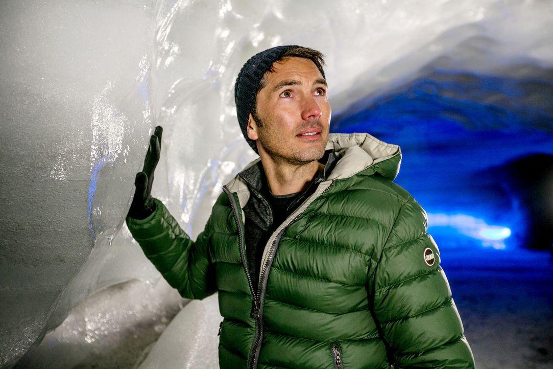 """Weltweit schmelzen die Eisvorkommen der Erde mit dramatischen Folgen für Tier und Mensch. """"Galileo""""-Reporter Stefan Gödde begibt sich auf eine Klima... - Bildquelle: ProSieben"""