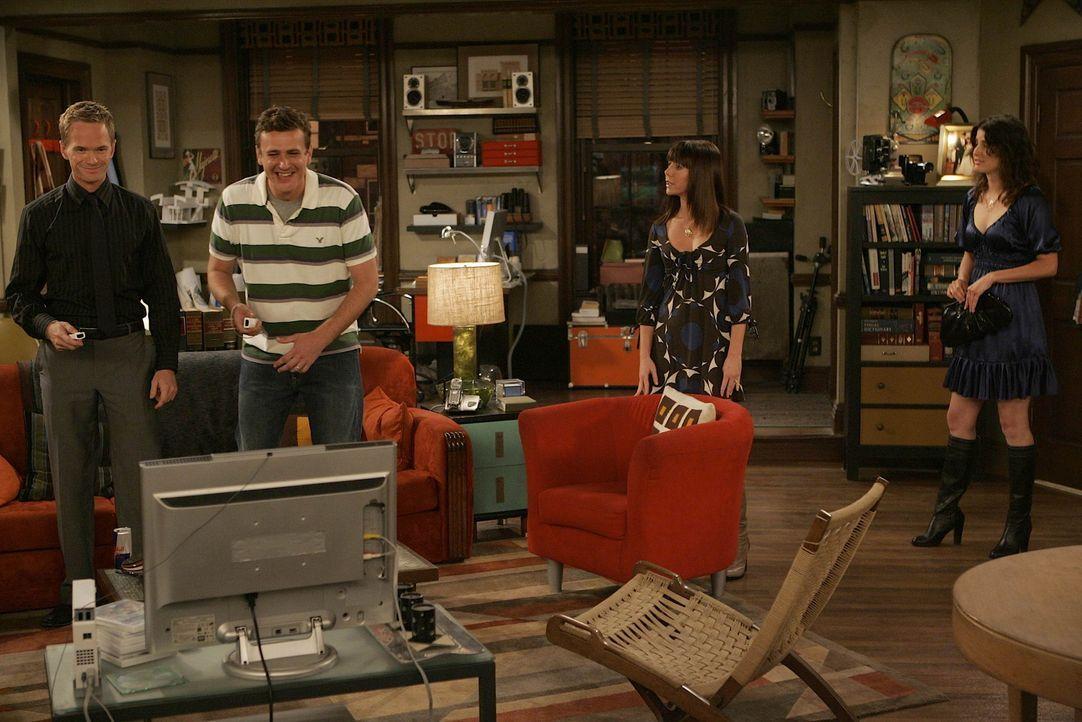 Für Marshall (Jason Segel, 2.v.l.), Barney (Neil Patrick Harris, l.), Lily (Alyson Hannigan, 2.v.r.) und Robin (Cobie Smulders, r.) endet der Abend... - Bildquelle: 20th Century Fox International Television