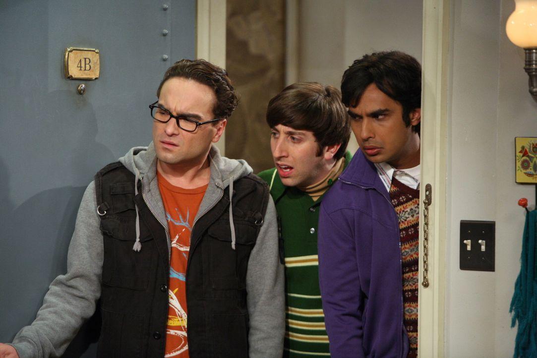 Sheldon, Leonard (Johnny Galecki, l.), Howard (Simon Helberg, M.) und Raj (Kunal Nayyar, r.) vertreiben sich den Morgen mit einem besonders ausgekl - Bildquelle: Warner Bros. Television