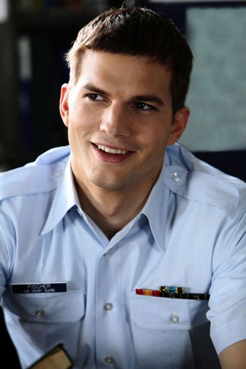 "Wird am härtesten von Ben in die Mangel genommen: der hochbegabte Jake Fischer (Ashton Kutcher), genannt ""Fisch"" ... - Bildquelle: Touchstone Pictures. All rights reserved"