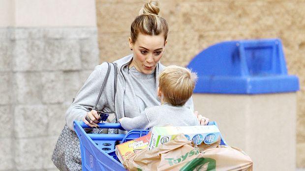 Shopping für den Kleinen - Bildquelle: WENN.com