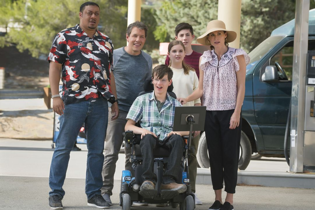 (v.l.n.r.) Kenneth Clements (Cedric Yarbrough); Jimmy DiMeo (John Ross Bowie); JJ DiMeo (Micah Fowler); Dylan DiMeo (Kyla Kenedy); Ray DiMeo (Mason... - Bildquelle: 2017-2018 American Broadcasting Companies. All rights reserved.
