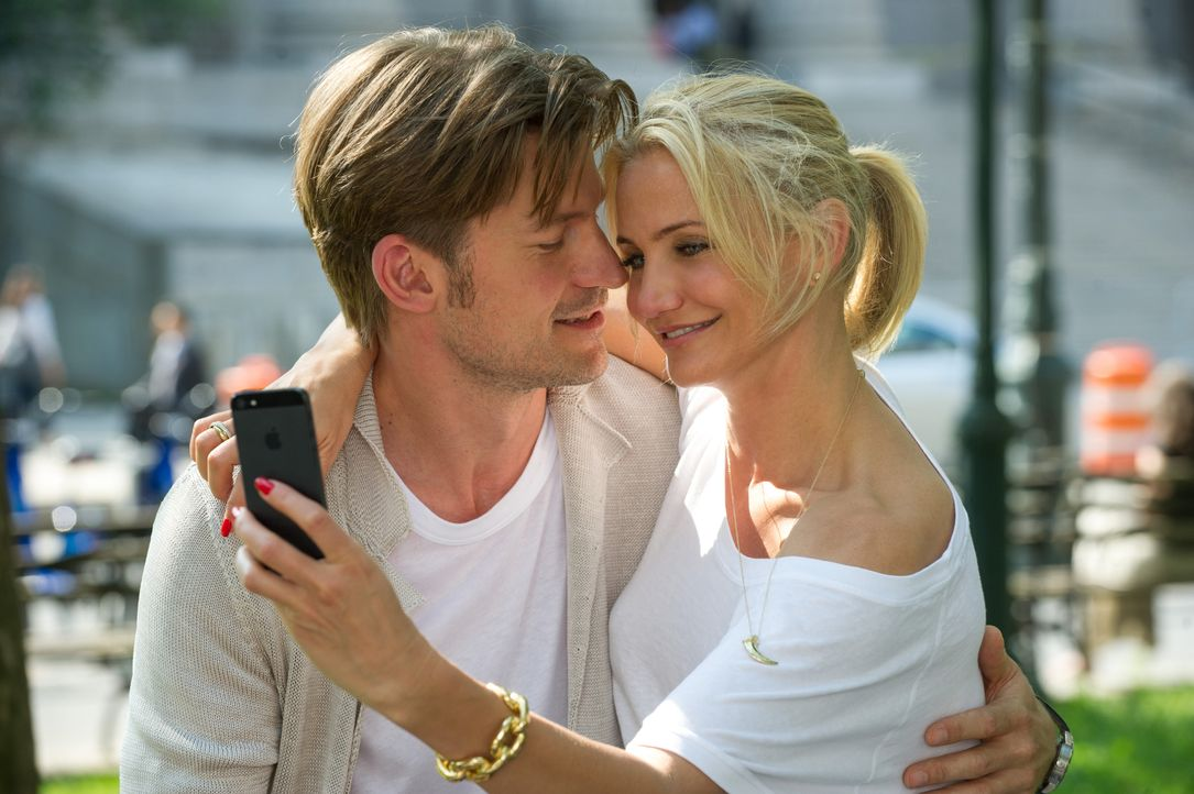 Es könnte alles so schön sein in der Beziehung von Carly (Cameron Diaz, r.) und Mark (Nikolaj Coster-Waldau, l.), doch dann stellt die Geschäftsfrau... - Bildquelle: Barry Wetcher 2014 Twentieth Century Fox Film Corporation. All rights reserved. / Barry Wetcher