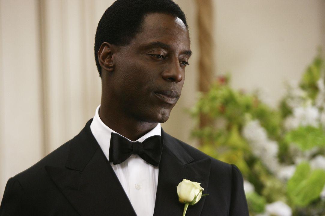 Burke (Isaiah Washington) trifft eine folgenschwere Entscheidung ... - Bildquelle: Karen Neal Touchstone Television