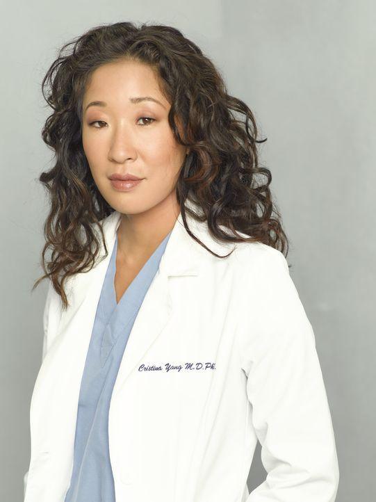 (5. Staffel) - Eine erfolgreiche Ärztin, doch wird sie privat auch endlich ihr Glück finden? Dr. Cristina Yang (Sandra Oh) ... - Bildquelle: Bob D'Amico 2007 American Broadcasting Companies, Inc. All rights reserved. NO ARCHIVING. NO RESALE.