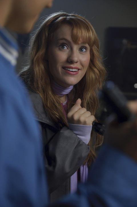 Daphne (Kate Melton) träumt seit ewigen Zeiten von einer Karriere als Schauspielerin. Eines Tages jedoch wird sie in eine mysteriöse Geschichte ve... - Bildquelle: 2009   Warner Brothers