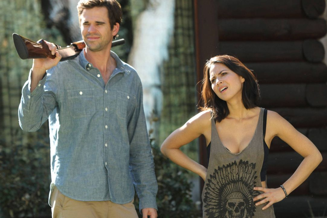 Machen einen Ausflug der im Chaos endet: Sam (David Walton, l.) und Angie (Olivia Munn, r.) ... - Bildquelle: 2012 Twentieth Century Fox Film Corporation. All rights reserved.