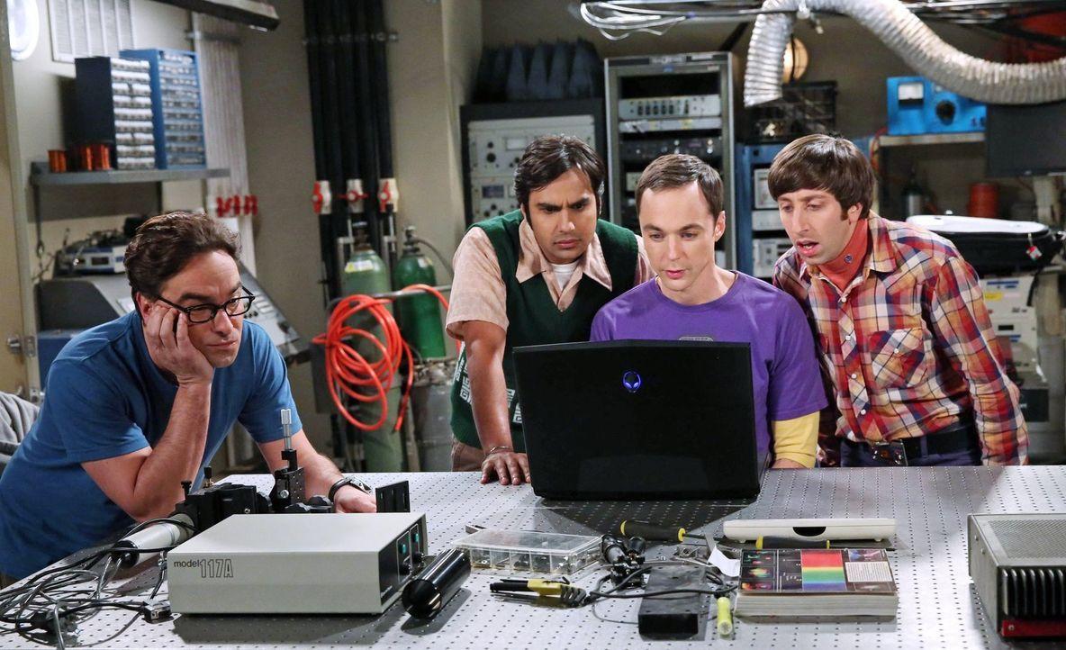 """Das """"Männer-Ideen-Wochenende"""" endet anders als geplant: Howard (Simon Helberg, r.), Leonard (Johnny Galecki, l.), Sheldon (Jim Parsons, 2.v.r.) und... - Bildquelle: Warner Brothers"""
