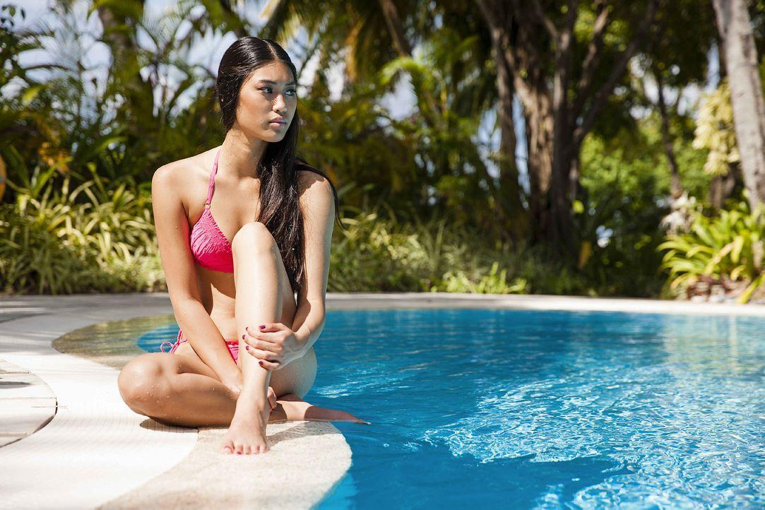 GNTM-Stf10-Epi13-Bikini-Shooting-Malediven-80-Anuthida-ProSieben-Boris-Breuer - Bildquelle: ProSieben/Boris Breuer