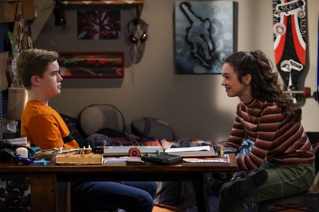 Teddy Burns (Matthew McCann, l.); Kate Burns (Grace Kaufman, r.) - Bildquelle: 2019 CBS Broadcasting, Inc. All Rights Reserved