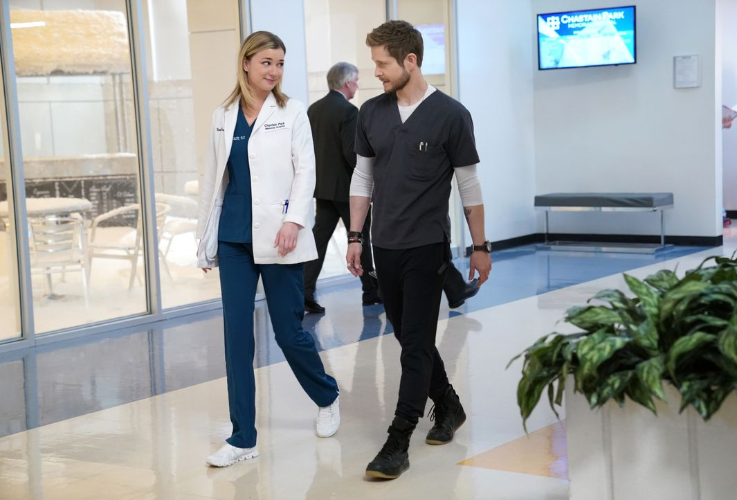 Nicolette Nevin (Emily VanCamp, l.); Dr. Conrad Hawkins (Matt Czuchry, r.) - Bildquelle: 2018-2019 Twentieth Century Fox Film Corporation.  All rights reserved.