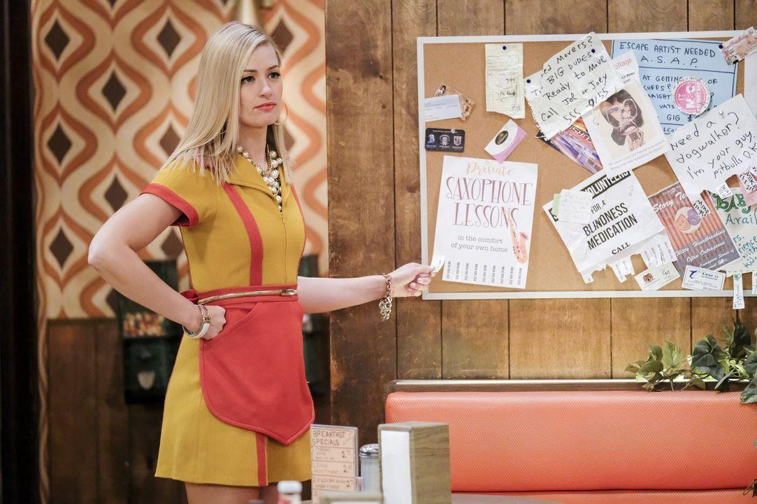 Caroline (Beth Behrs) plant etwas ganz Besonderes für ihr drittes Date mit Bobby ... - Bildquelle: Warner Bros. Television