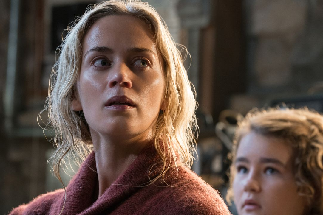 Evelyn Abbott (Emily Blunt, l.); Regan Abbott (Millicent Simmonds, r.) - Bildquelle: Jonny Cournoyer 2018 Paramount Pictures. All rights reserved. / Jonny Cournoyer