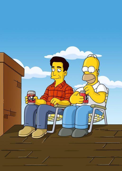 Das Dach der Simpsons hat ein Loch, und Marge verlangt, dass Homer (r.) es repariert. Zufällig lernt der in einer Kneipe den Dachdecker Ray (l.) ke... - Bildquelle: und TM Twentieth Century Fox Film Corporation - Alle Rechte vorbehalten