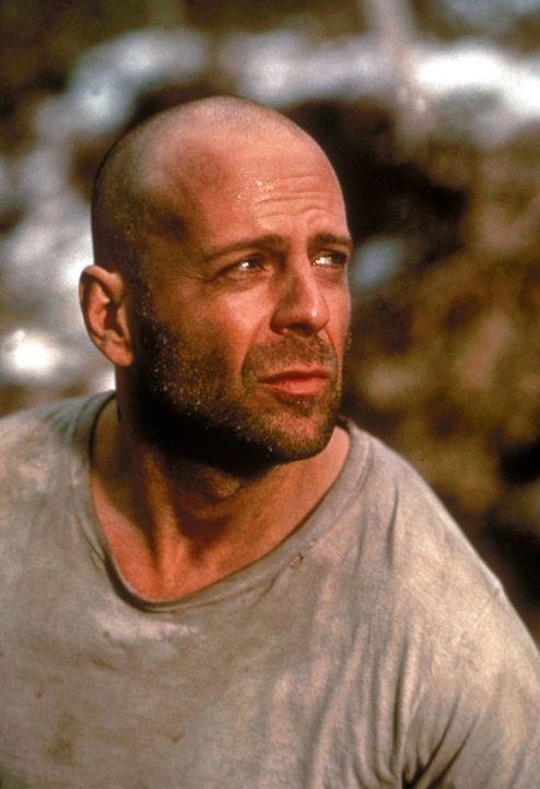 In einsamer Mission: Im Jahr 2035 wird der Kriminelle James Cole (Bruce Willis) per Zeitreise zurück in das Jahr1996 geschickt, um die Menschheit zu...