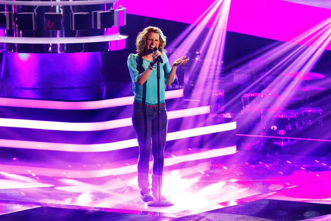 sarah-01-the-voice-of-germany-staffel-2-epi05-showjpg 2448 x 1632 - Bildquelle: SAT.1/ProSieben/Richard Hübner
