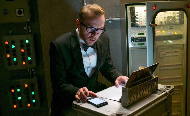Hacker Benji Dunn (Simon Pegg) ist ein Spezialist auf seinem Gebiet. Mit allen Mitteln probiert er, Hunt zu helfen ... - Bildquelle: David James 2015 PARAMOUNT PICTURES. ALL RIGHTS RESERVED.