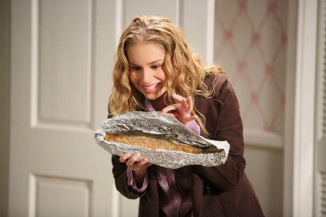 Nach der Trennung von Malik ist Lisa (Allie Grant) einsam. Sie beschließt, ihre Freundschaft zu Tessa aufzufrischen, und schenkt ihr einen selbstger... - Bildquelle: Warner Brothers
