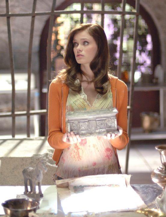 Muss trotz Verbots immer wieder auf ihre Hexenkünste zurückgreifen: Marnie (Sara Paxton) ... - Bildquelle: Disney - ABC - ESPN Television