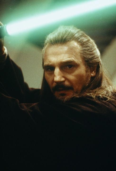 Wächter des Friedens und der Gerechtigkeit in der Galaxis: Jedi-Ritter Qui-Gon Jinn (Liam Neeson) ... - Bildquelle: 1999 Lucasfilm Ltd. & TM All rights reserved Used with permission