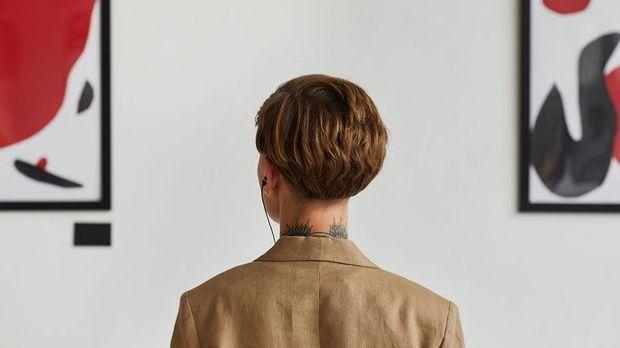 Hinterkopf - der Pixie-Cut von hinten