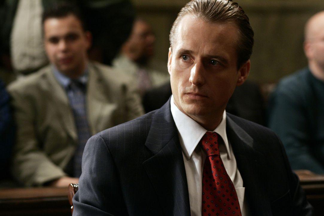 Der verbissene Menschenfeind und ewige Prinzipienreiter Staatsanwalt Sean Kierney (Linus Roache) möchte den Fall gegen die Mafia Bande um Jack DiNor... - Bildquelle: 2006 Yari Film Group Releasing, LLC