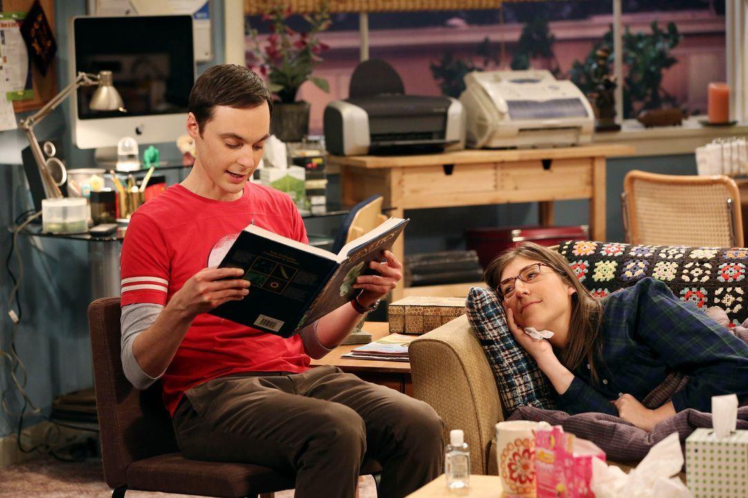 Als Sheldon (Jim Parsons, l.) Amy (Mayim Bialik, r.) aufsucht, findet er sie mit einer schweren Erkältung vor und da sie auf die Beziehungsrahmenver... - Bildquelle: Warner Bros. Television