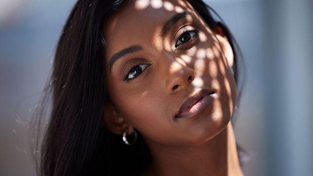 Welchen Effekt hat eine Gua Sha Behandlung? Wir haben den Beauty-Trend genaue...