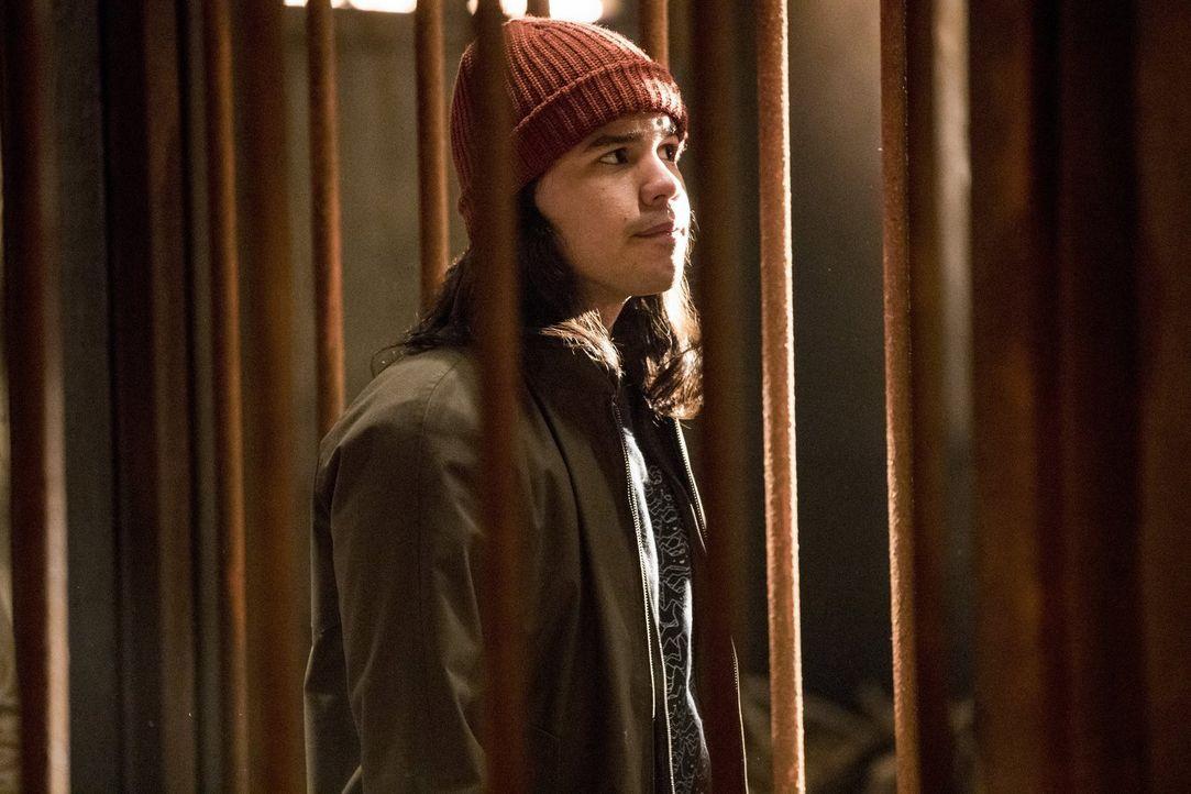 Noch ahnt Cisco (Carlos Valdes) nicht, dass Grodd ganz besondere Pläne mit ihm hat ... - Bildquelle: 2016 Warner Bros.