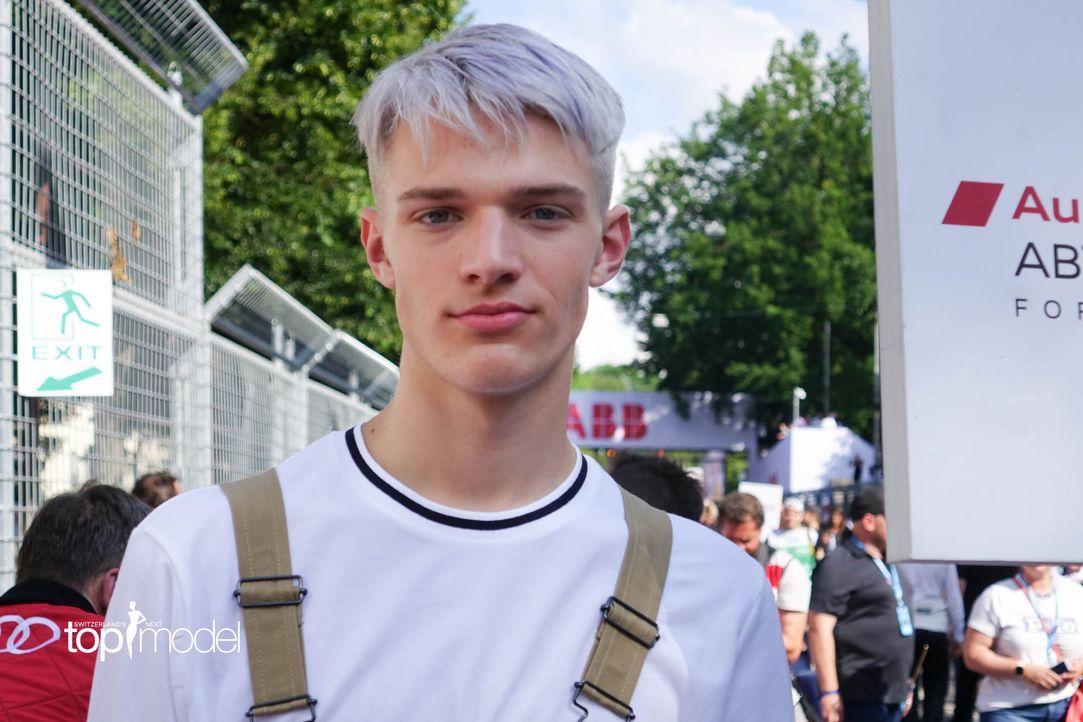 BTS_Shooting_Formula_E_Siggi (20) - Bildquelle: ProSieben Schweiz/ Siegfried Boyé
