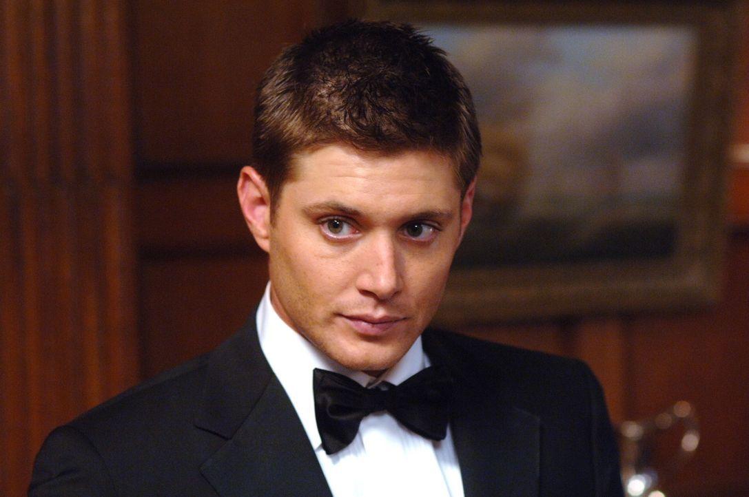 Sam und Dean (Jensen Ackles) untersuchen eine Reihe mysteriöser Todesfälle: Die Opfer sind alle ertrunken, aber am Fundort der Leichen war weit un... - Bildquelle: Warner Bros. Television