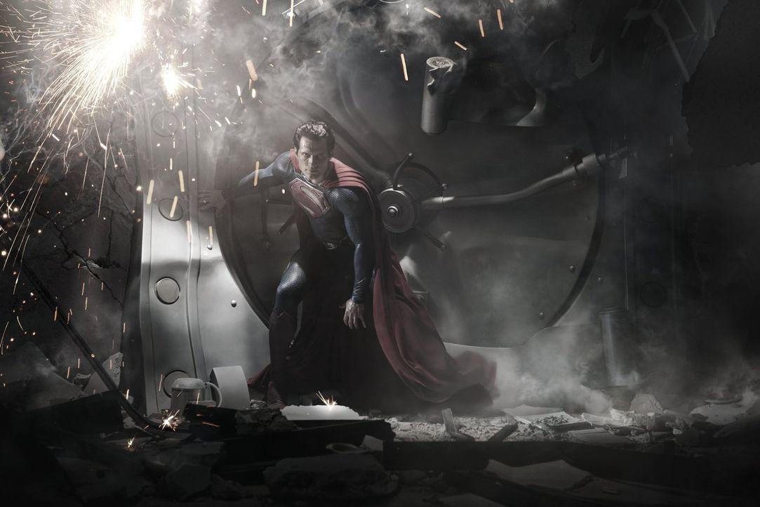 General Zod will die Erde vernichten und den Planeten in ein neues Krypton verwandeln. Kann und will Clark (Henry Cavill), der selbst Kryptonier ist... - Bildquelle: 2013 Warner Brothers