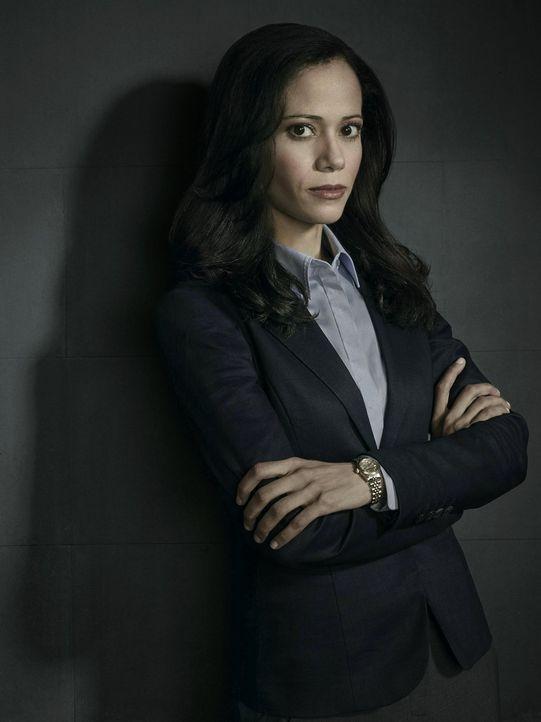 (1. Staffel) - Mitglied bei der Sonderermittlungseinheit für Kapitalverbrechen des Gotham Police Departments: Renee Montoya (Victoria Cartagena) ... - Bildquelle: Warner Bros. Entertainment, Inc.