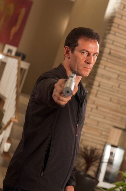 Hegt seit 15 Jahren ein tödliches Geheimnis: Kevin Harper (Jason Isaacs) ... - Bildquelle: 2011, Vertigo Entertainment, Gotham Group, Tailor Made, Quick Six Entertainment, Lionsgate Films Inc.