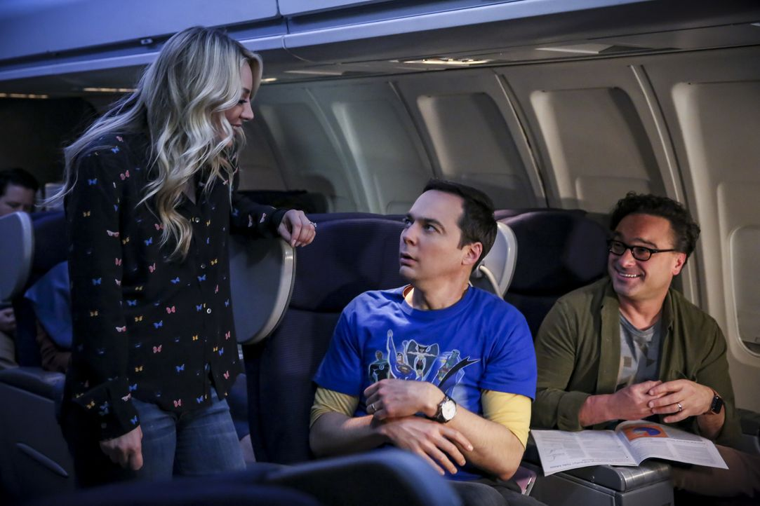 (v.l.n.r.) Penny (Kaley Cuoco); Sheldon Cooper (Jim Parsons); Leonard Hofstadter (Johnny Galecki) - Bildquelle: Michael Yarish 2019 CBS Broadcasting, Inc. All Rights Reserved / Michael Yarish