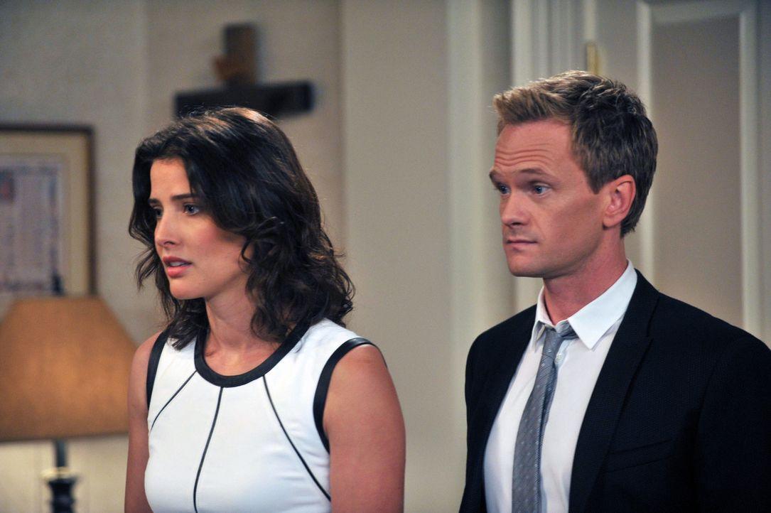 Barney (Neil Patrick Harris, r.) und Robin (Cobie Smulders, l.) geraten in einen folgenschweren Streit mit ihrem Reverend ... - Bildquelle: 2013 Twentieth Century Fox Film Corporation. All rights reserved.