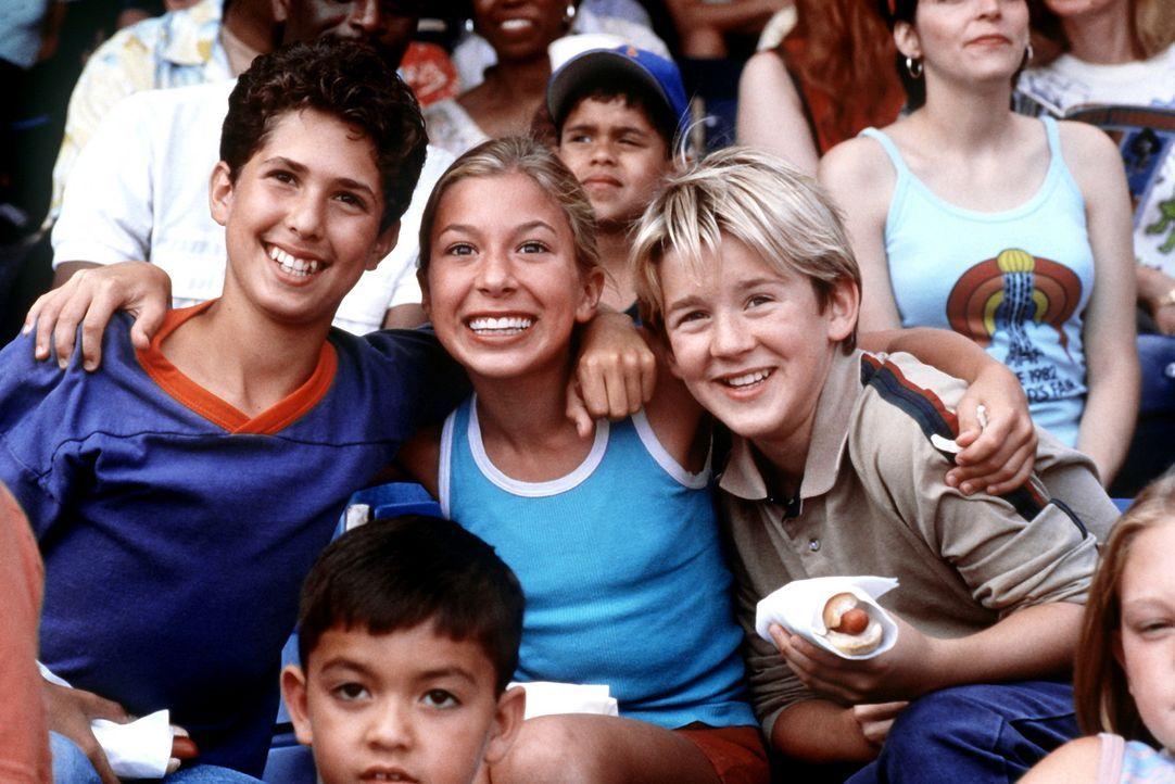 Die Achtklässler Jake Schram (Sam Goldberg, l.), Brian Finn (Michael Roman, r.) und Anna Riley (Blythe Auffarth, M.) sind die besten Freunde. Weil... - Bildquelle: SPYGLASS ENTERTAINMENT GROUP, LP