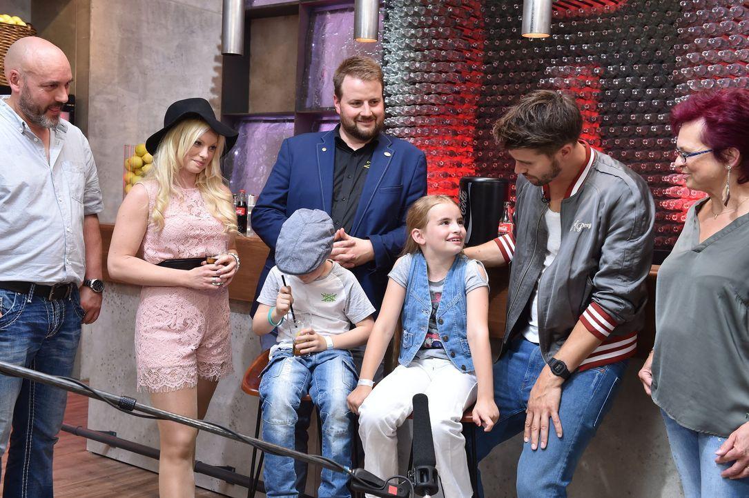Ep5_Isabell_Backstage - Bildquelle: SAT.1/ProSieben/Andre Kowalski