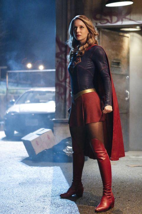 Als Livewire aus dem Gefängnis ausbricht, muss Supergirl (Melissa Benoist) sie so schnell, wie möglich wieder hinter Gitter bringen. Doch dann attac... - Bildquelle: 2016 Warner Bros. Entertainment, Inc.