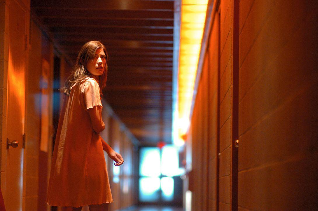 Von bösen Mächten besessen?: Emily Rose (Jennifer Carpenter) ... - Bildquelle: Sony Pictures Television International. All Rights Reserved.
