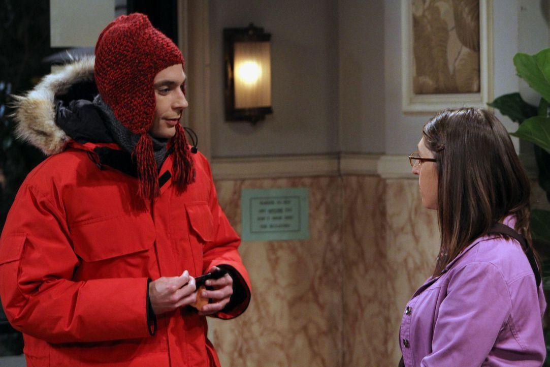 Leonard stellt fest, dass er der Einzige ohne Freundin ist, während Sheldon (Jim Parsons, l.) Amy (Mayim Bialik, r.) loswerden möchte, weil er ihre... - Bildquelle: Warner Brothers