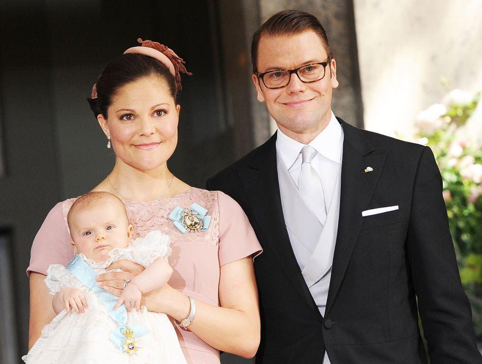 Taufe-Prinzessin-Estelle-von-Schweden-12-05-22-02-dpa - Bildquelle: dpa picture alliance