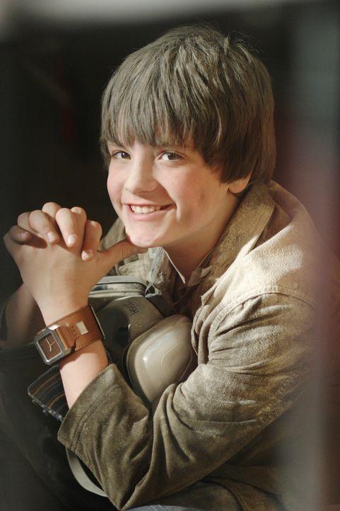 Erlebt gemeinsam mit Rexx spannende Abenteuer: Shane (Josh Hutcherson) ... - Bildquelle: New Regency Productions, Inc.