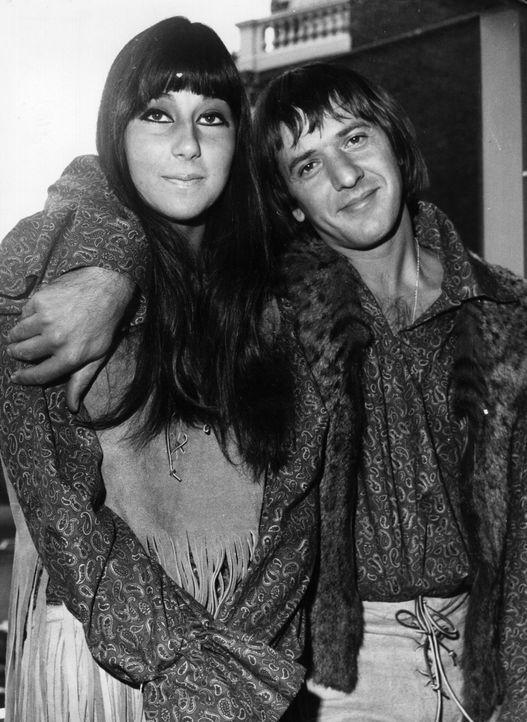 Cher (l.); Sonny (r.) - Bildquelle: Viacom Studios UK