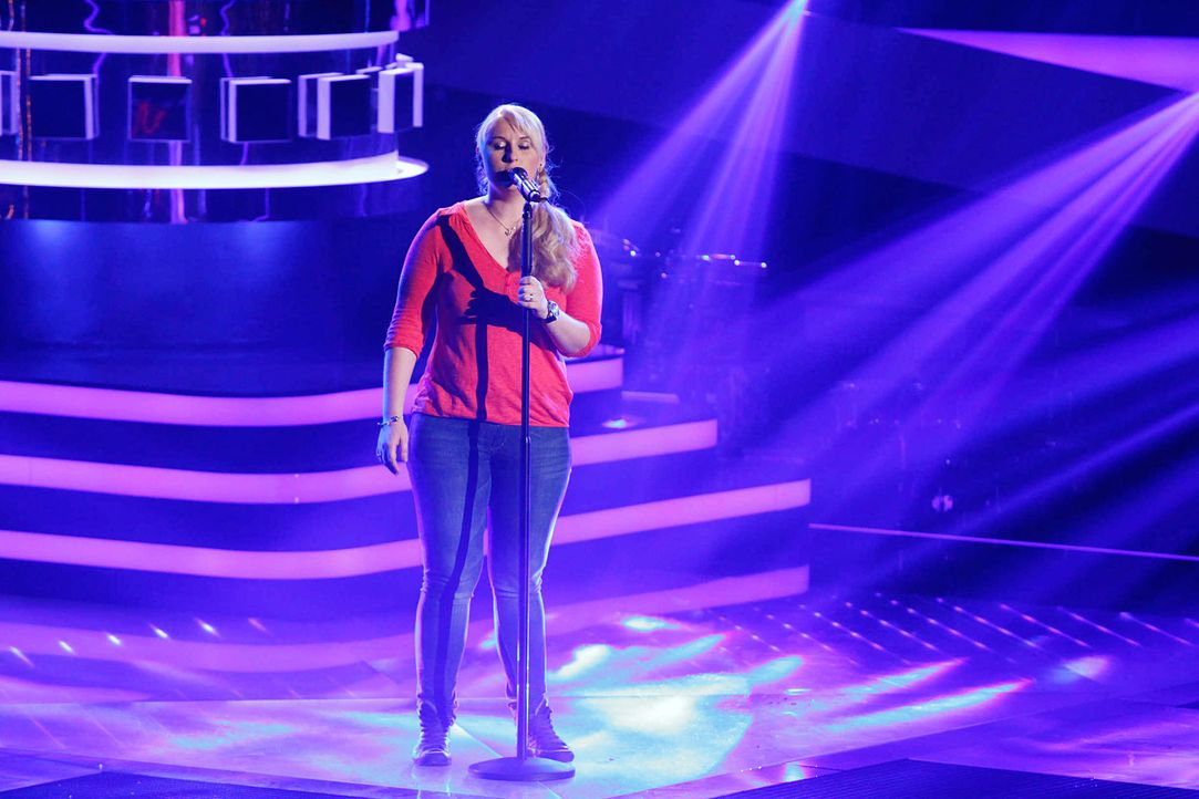 marion-01-the-voice-of-germany-staffel-2-epi06-showjpg 2000 x 1333 - Bildquelle: SAT.1/ProSieben/Richard Hübner